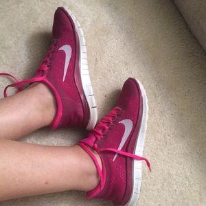 Shoes - Nike free 3.0